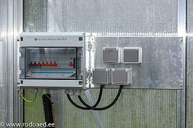 Kasvuhoone-kilbi-alusplaat-koos-kilbiga